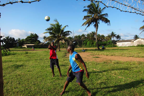 Volleyball in Tabou