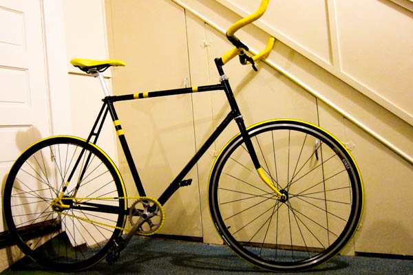 BumbleBike custom single speed freewheel bicycle for me