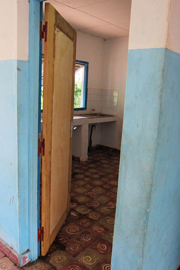 New door for a health centre outside Daloa, Côte d'Ivoire