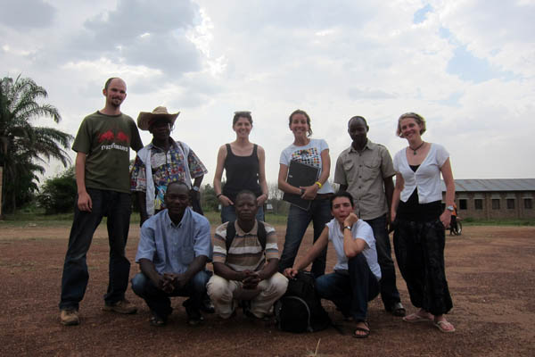 Emergency measles vaccination team photo, Dungu Wando Airstrip, DR Congo