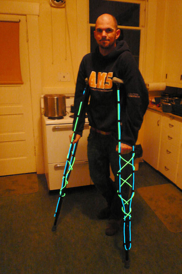 accELeration speedcrutches with light on