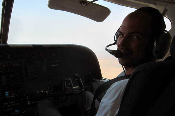 Flying co-pilot from Faradje to Dungu