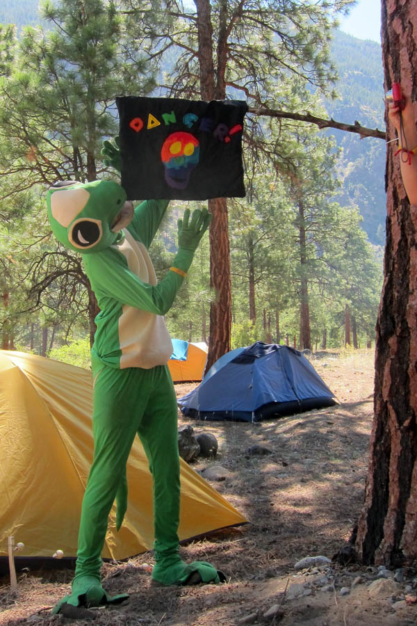 Legendary Annual Summer Camping Trip - Gecko and the Danger Flag