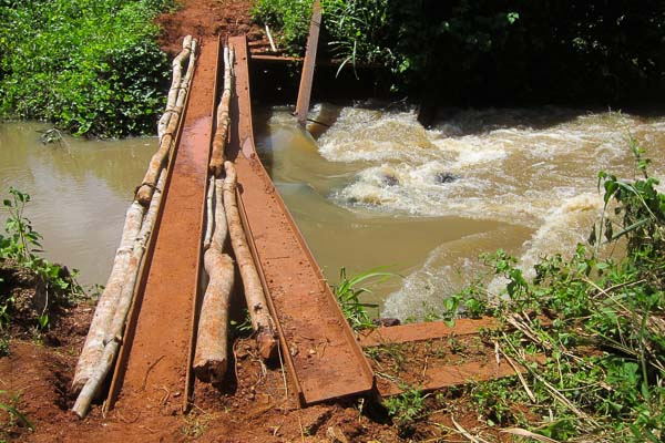 The old Pont Pende, 10km south of Lakandja, Central African Republic
