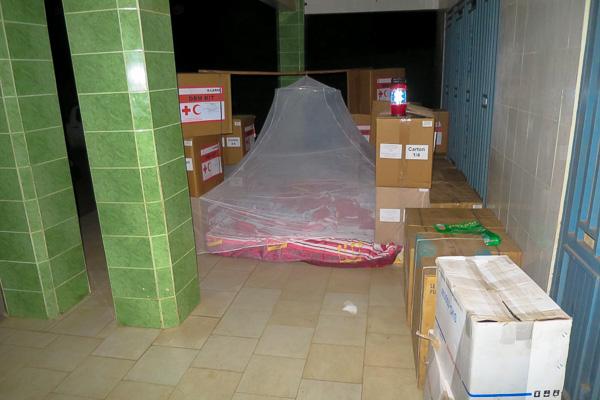 Quick mosquito net setup