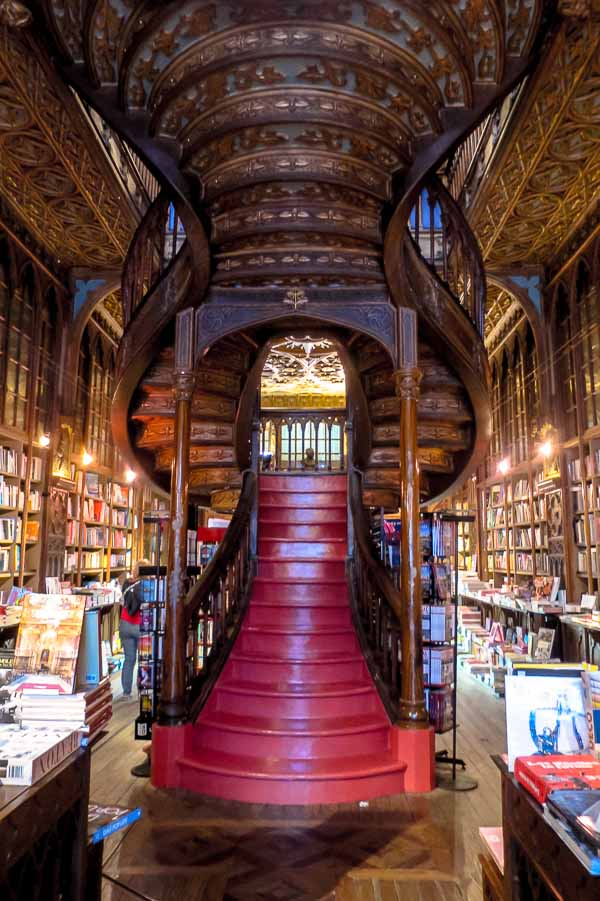 The inspiration for Hogwarts Library?